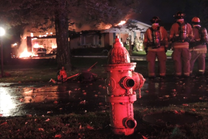Cherry Valley House Fire Spreads--No Water in Fire Hydrants_-110137858584526611