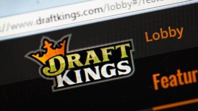 DraftKings-logo-on-computer-screen-jpg_20151116205303-159532