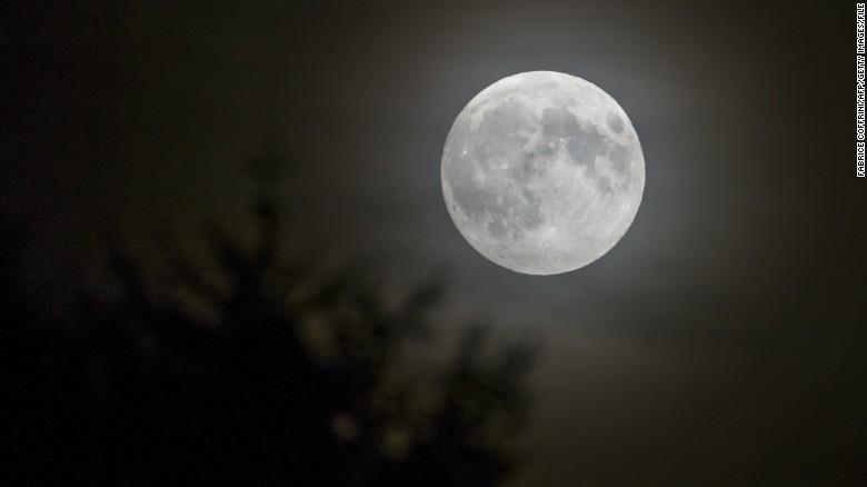 Full Moon_1450974356119.jpg