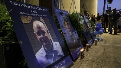 Dallas-shooting-victims-vigil-jpg_20160712170148-159532