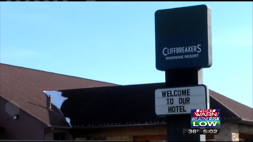 Fatal Shooting at Cliffbreakers Riverside Hotel_15745207