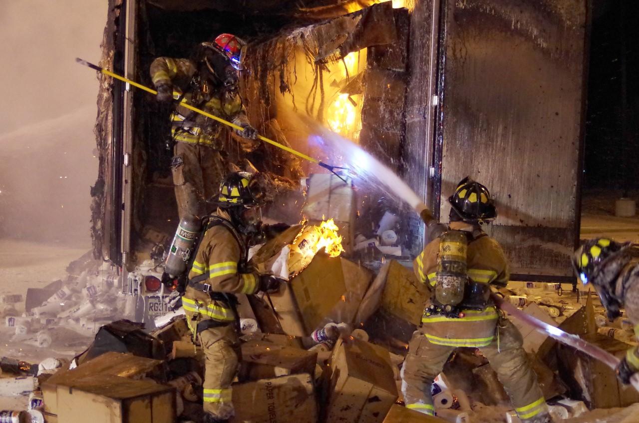 Firefighters_1490024986916.jpg