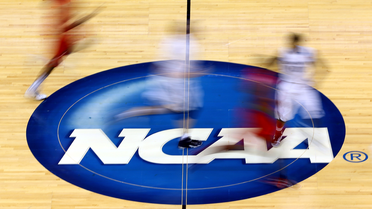 NCAA basketball court logo-159532.jpg02065943