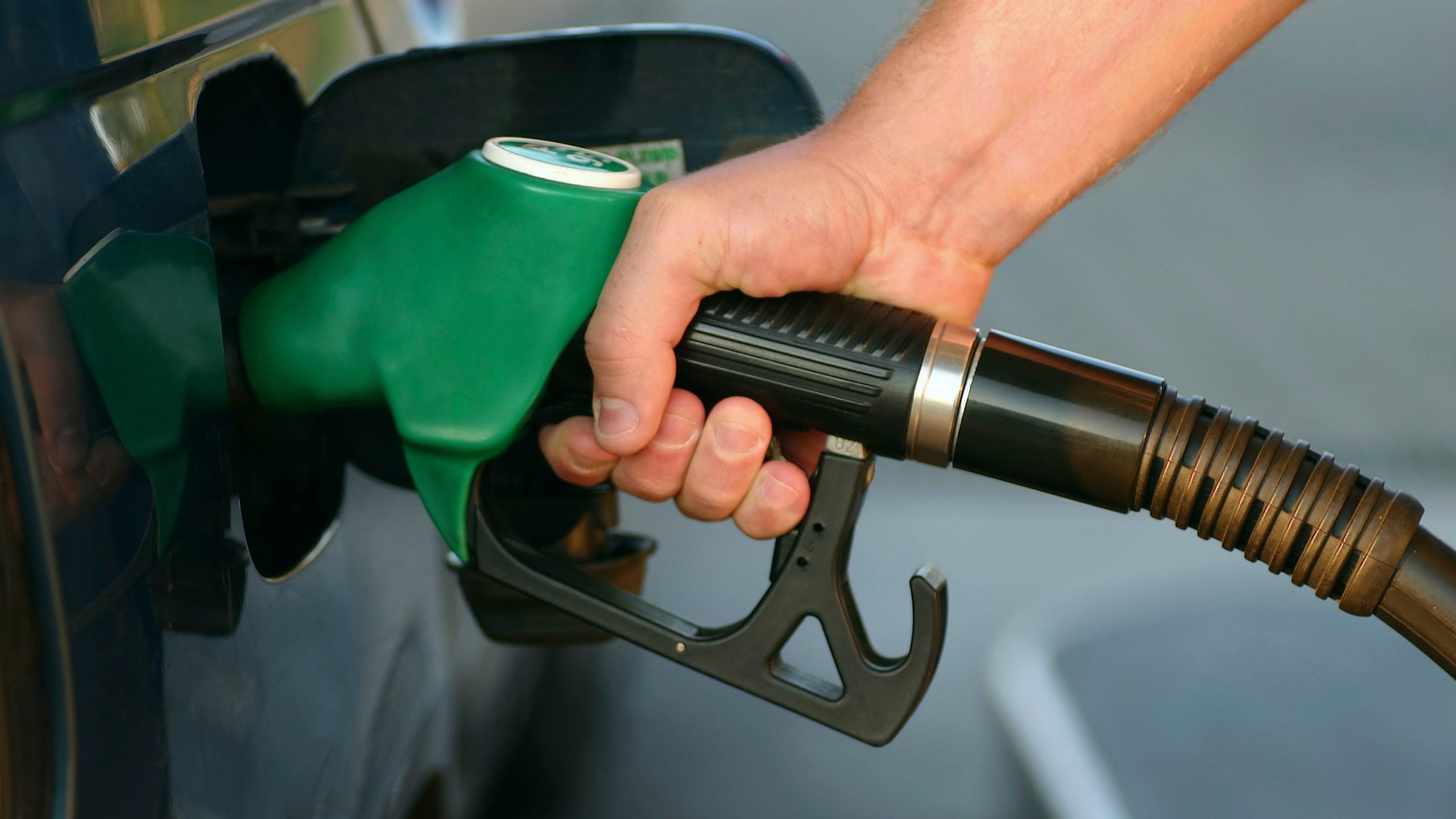 gas prices generic owen_1507562065740.jpg