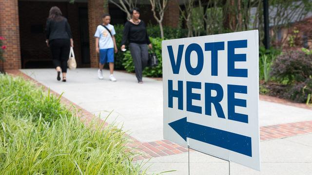Vote Here Sign Voters_1500989341803_277068_ver1.0_640_360_1521549261782.jpg.jpg
