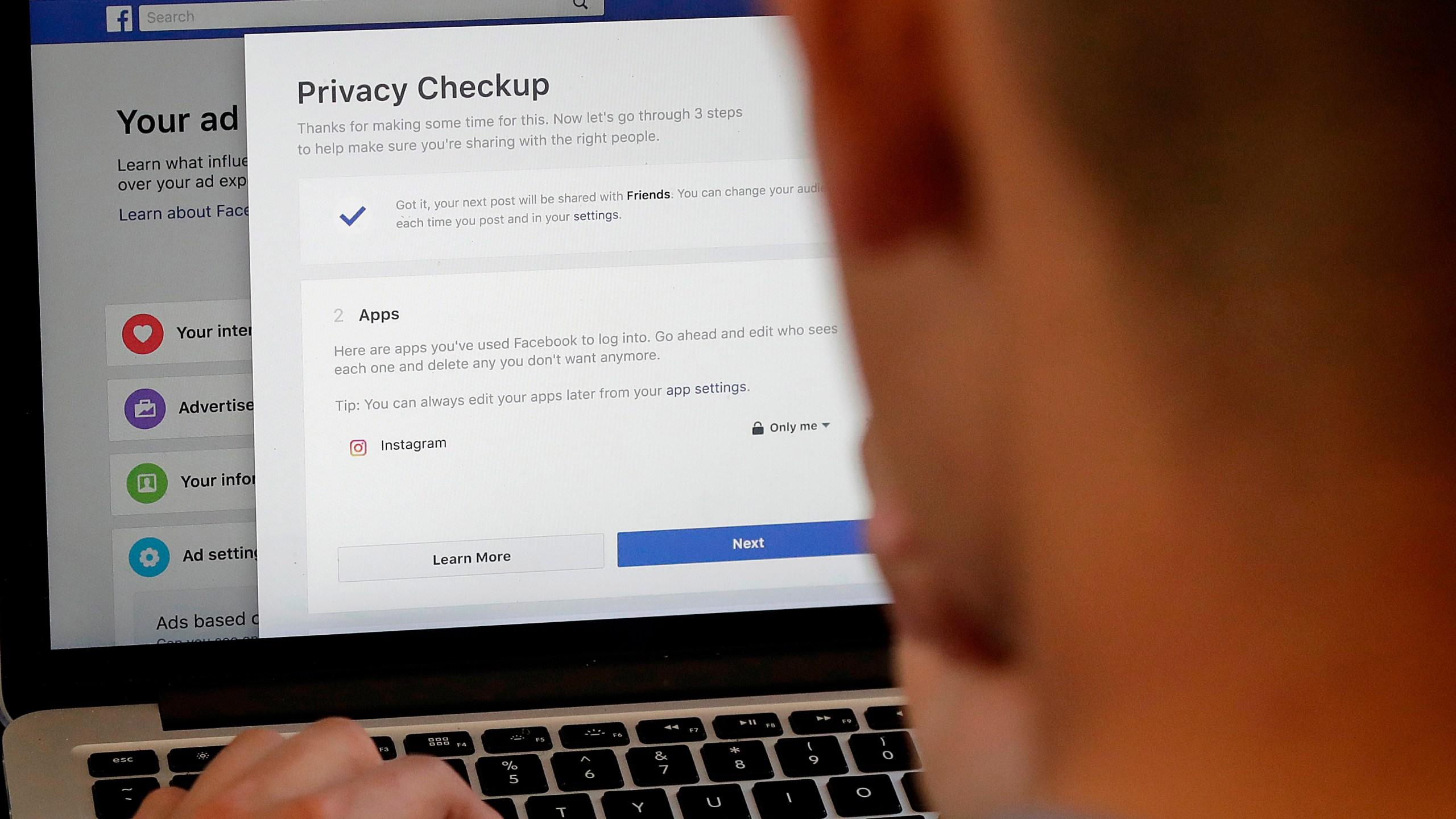 Facebook_Privacy_Scandal_Change_00419-159532.jpg60878545