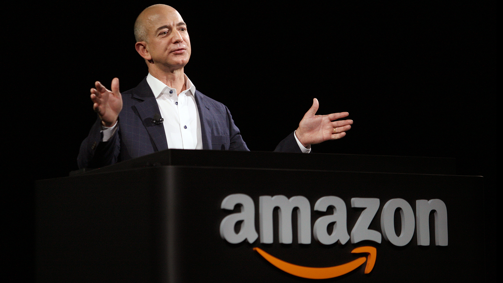 Jeff Bezos CEO Amazon-159532.jpg64191372