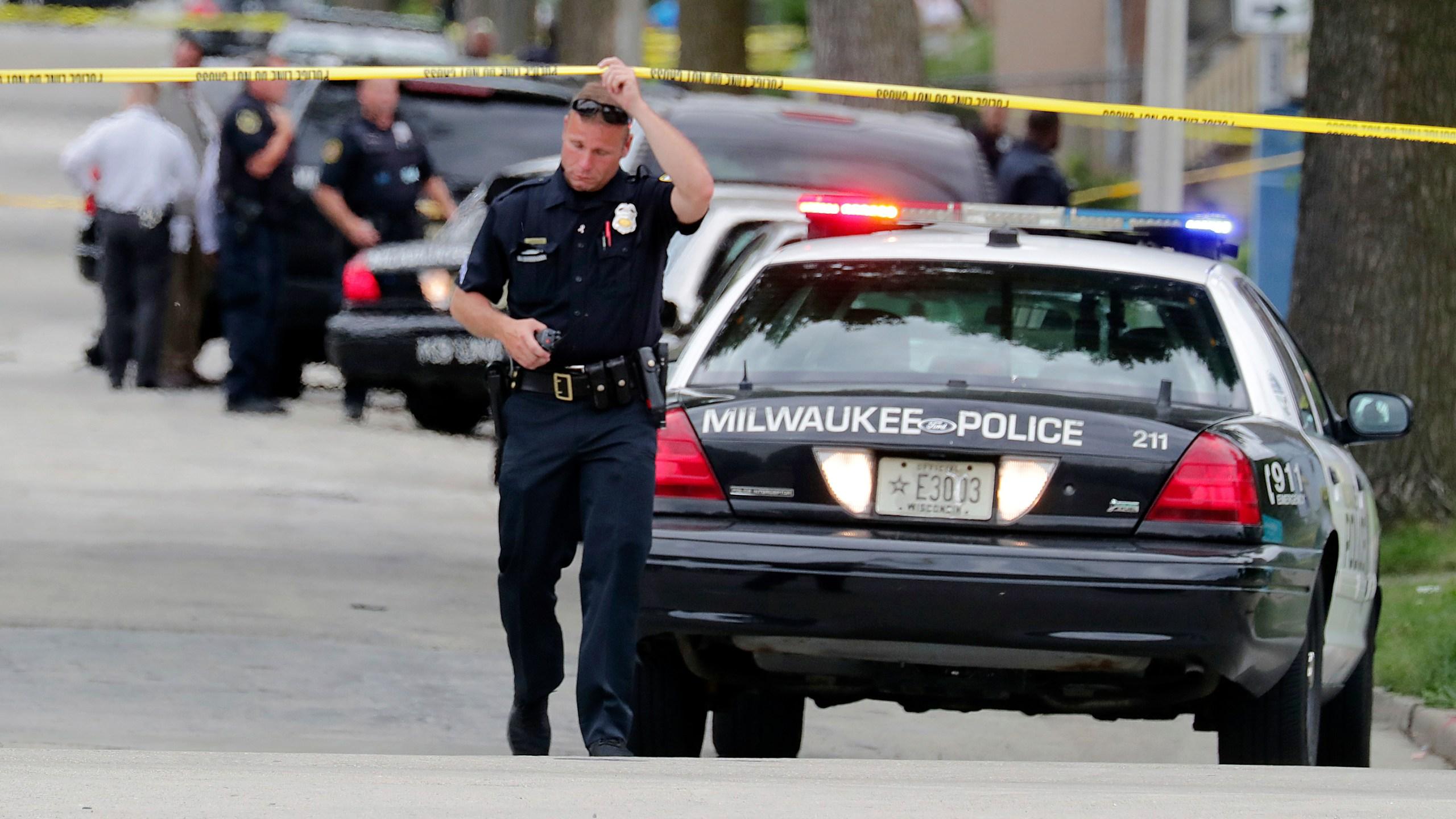 Officer_Shot_Milwaukee_59982-159532.jpg63409057