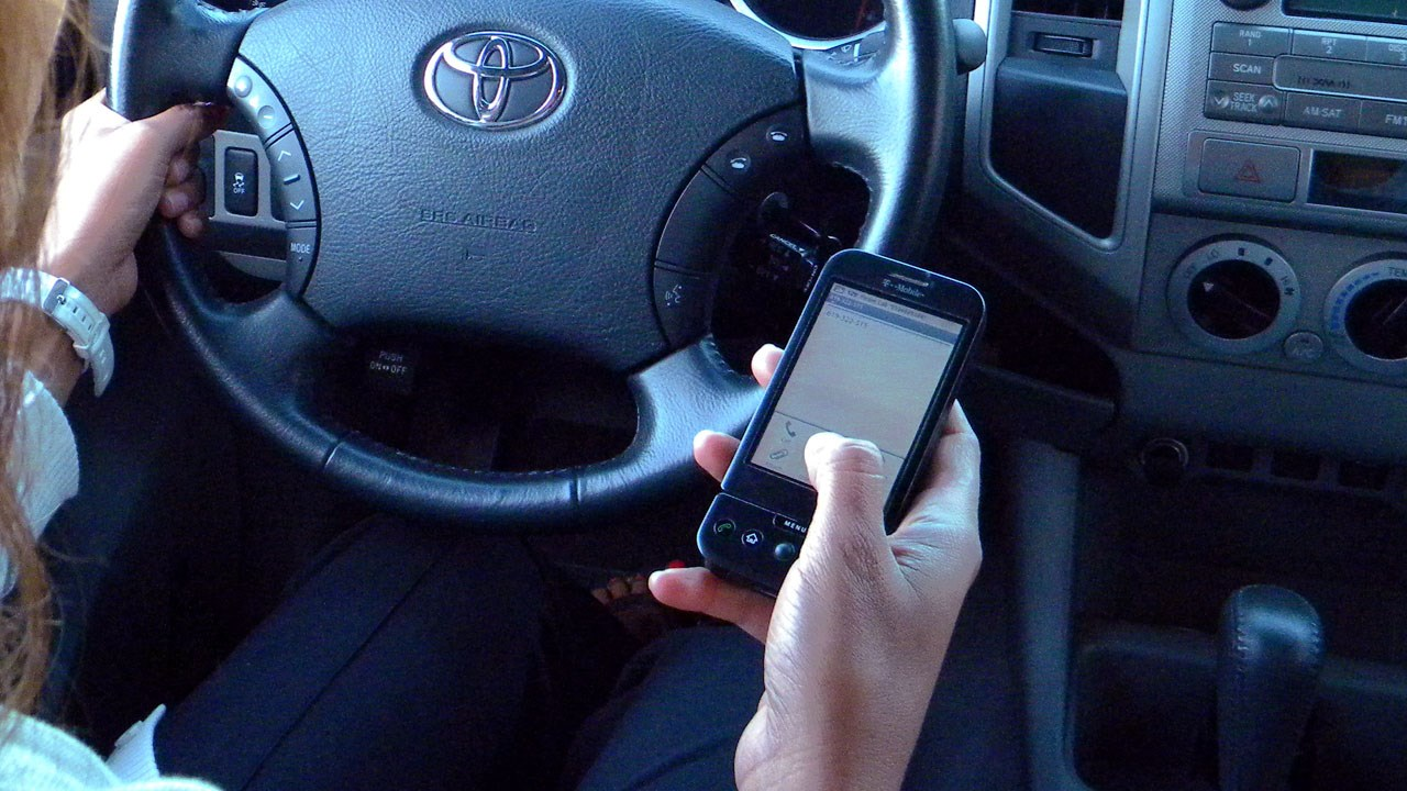 texting and driving generic