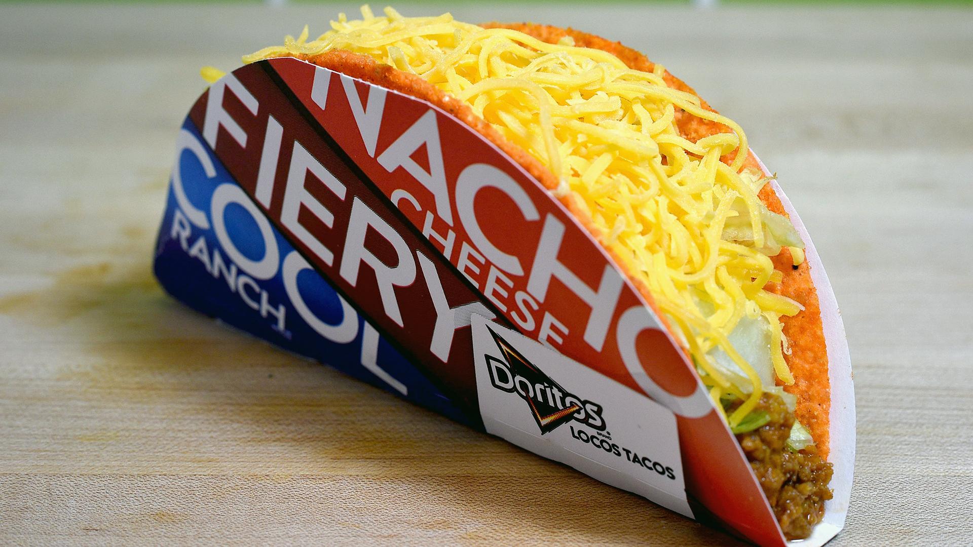 Doritos Locos Taco at Taco Bell-159532.jpg07894851