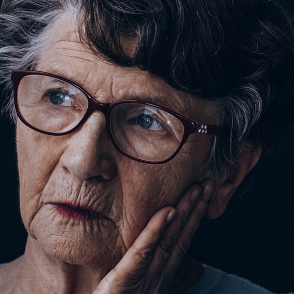 woman-with-Alzheimers-Disease_1541696093818_417118_ver1_20181109053804-159532