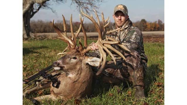 Illinois Record Deer_1552422877574.jpg_77001170_ver1.0_640_360_1552432093121.jpg.jpg