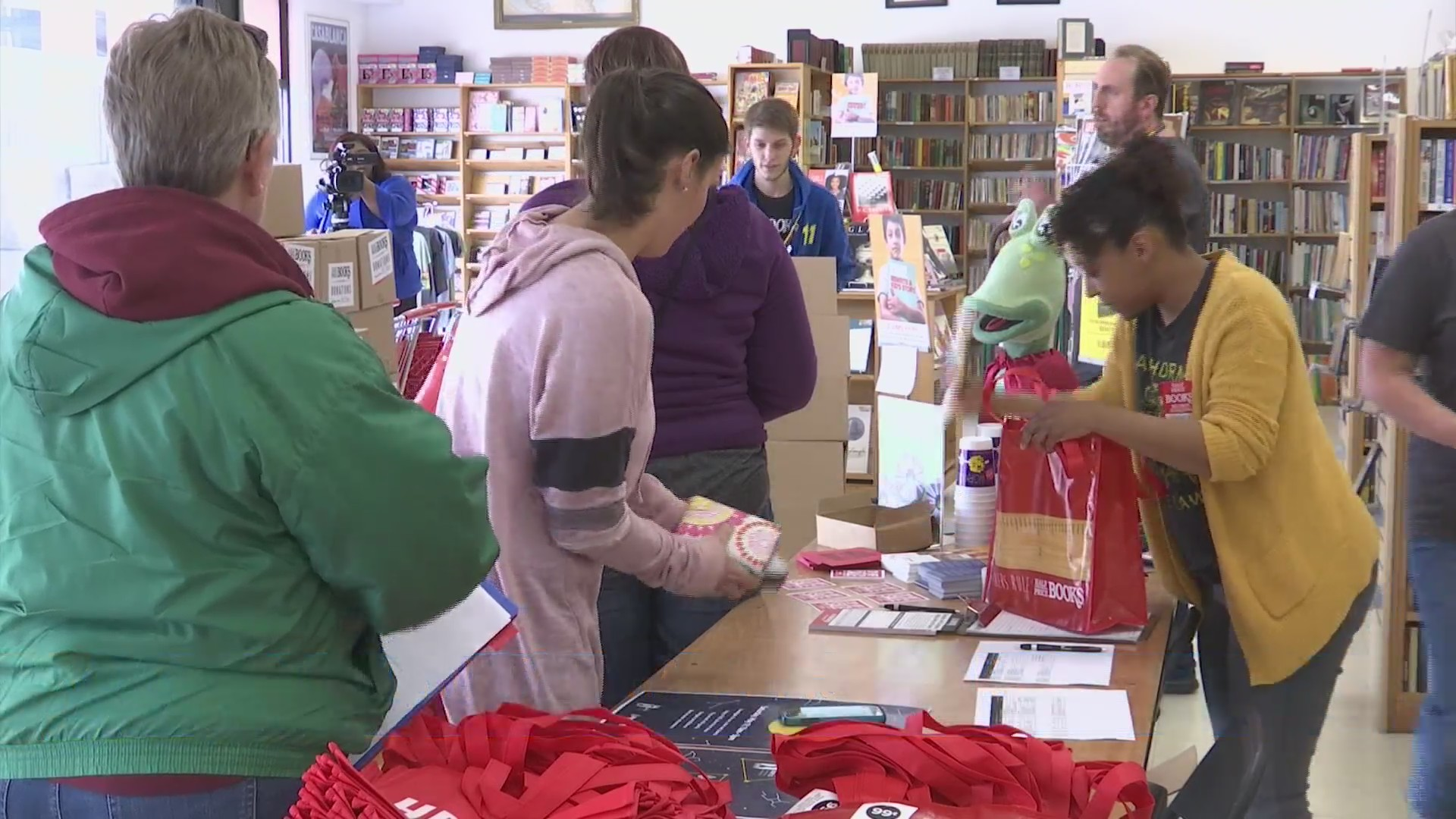 Half Price Books gives away thousands of books to Rockford area schools