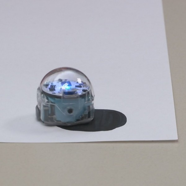 Rock Valley College teaches kids coding with robots