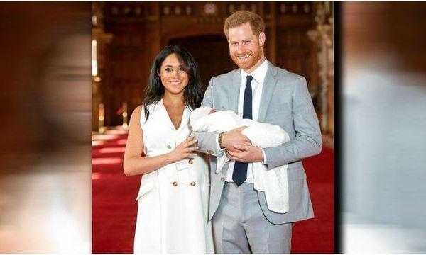 VIDEO: Meghan, Prince Harry show off their 'bundle of joy'