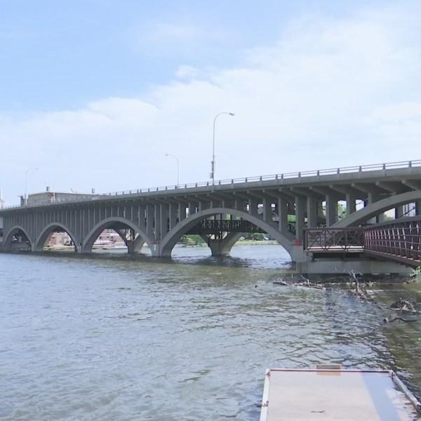 Rockford plans to rebuild pedestrian walkway under Jefferson Street bridge